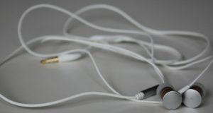 Ce trebuie sa stiti despre castile audio pentru iPhone?