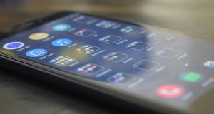 Doriti sa creati aplicatii mobile?